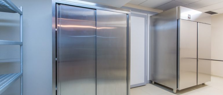 Making the Most of your Commercial Fridge: 4 Organizing Tips to Keep Everything Fresh and In-Sight